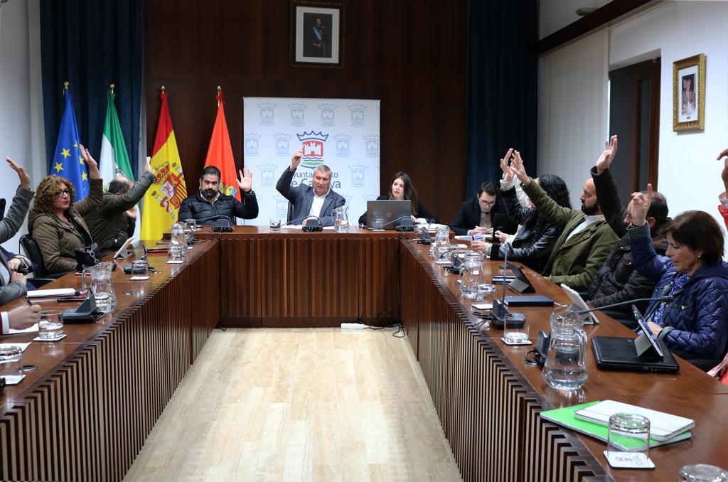 El Ayuntamiento se adhiere, en sesión plenaria extraordinaria, al programa de rehabilitación de viviendas.