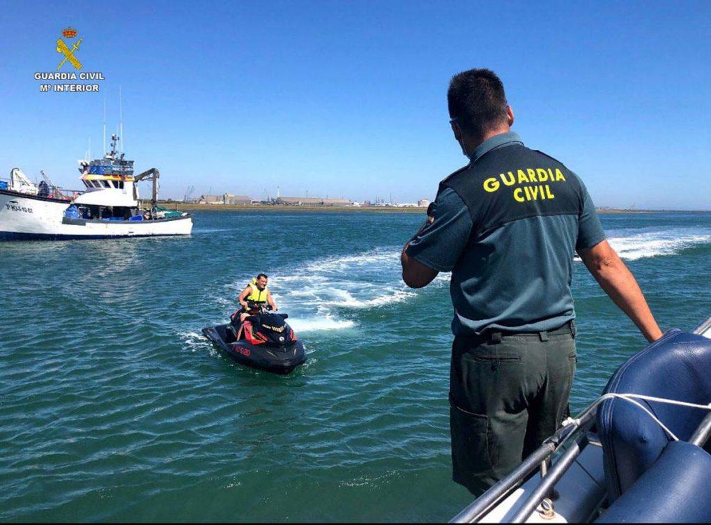 La Guardia Civil inicia la campaña de control de embarcaciones recreativas y motos náuticas