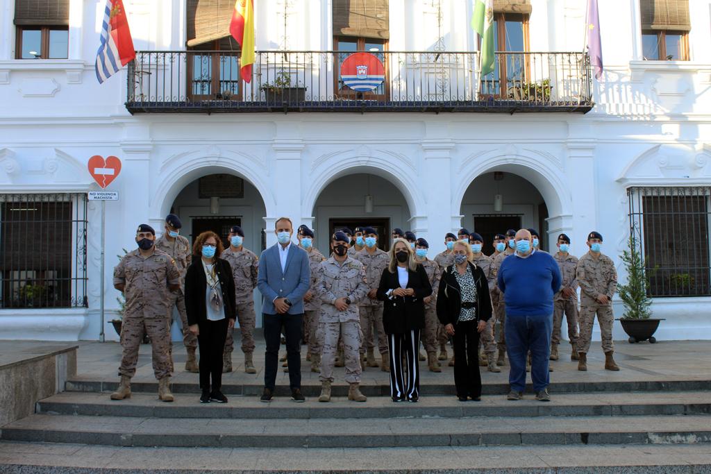 Una exhibición en la Plaza Redonda y una exposición en el Castillo centran las actividades de la Guardia Real en Cartaya