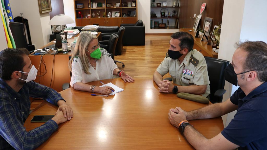 El Ayuntamiento establece nuevos lazos de colaboración con la Subdelegación de Defensa en Huelva