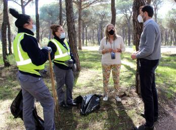 El Ayuntamiento de Cartaya pone en marcha una nueva herramienta para promover la participación ciudadana y reforzar la limpieza del pinar.